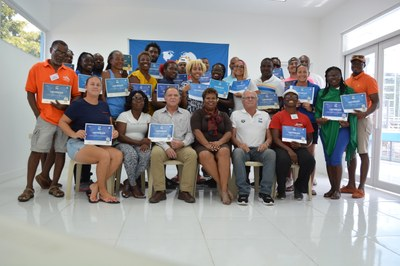 25 swim coaches receive FINA Level 2 Certification of Competence